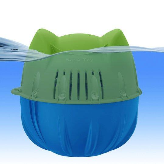 Flippin Frog Chlorine System Helps Prevent Smelly Odors and Bleached Suits