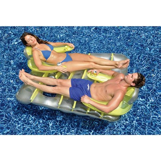 Face-to-Face Inflatable Double Pool Float