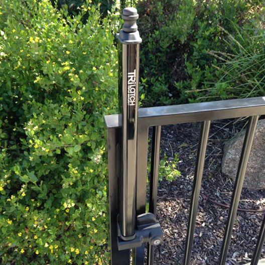 SafeTech TriLatch Gate Latch - 401326