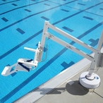 S.R. Smith - Splash! Extended Reach Pool Lift - 501306