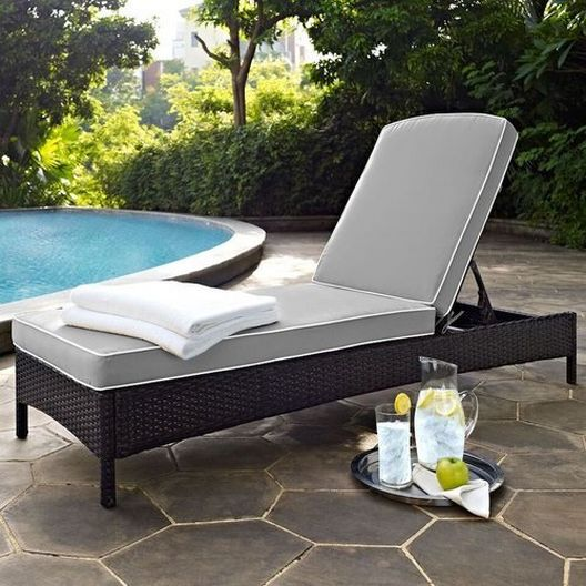 Crosley - Palm Harbor Wicker Chaise Lounge with Gray Cushions - 452291