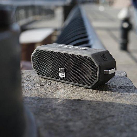 Altec Lansing  Jacket H2O 4 Bluetooth Speaker Black