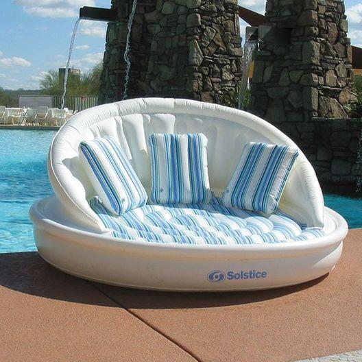 AquaSofa with Pillows and Pump