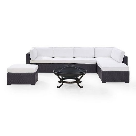 Crosley - Biscayne White 6-Piece Wicker Set with Two Loveseats, One Armless Chair, Two Ottomans and Fire Pit - 452116