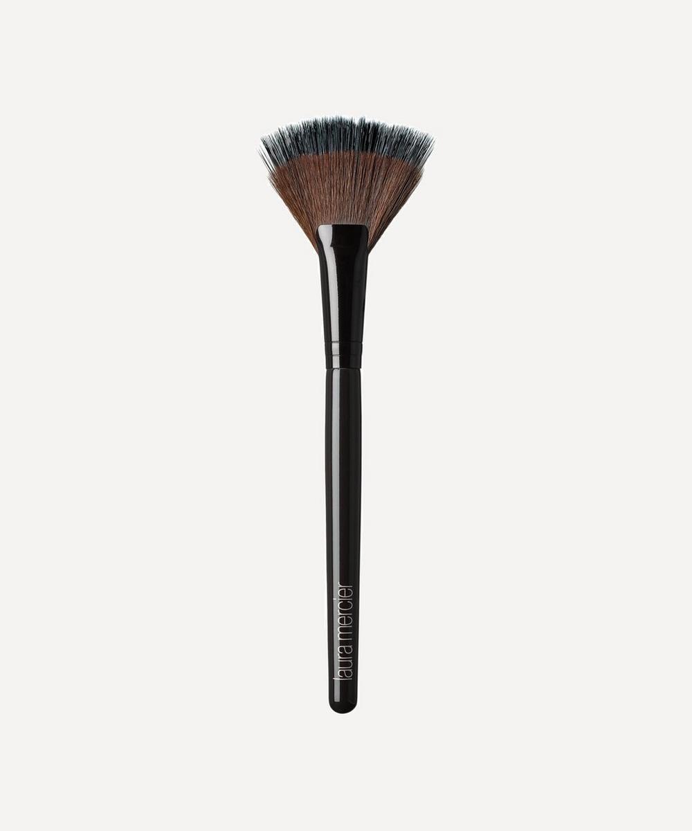 Laura Mercier - Fan Powder Brush