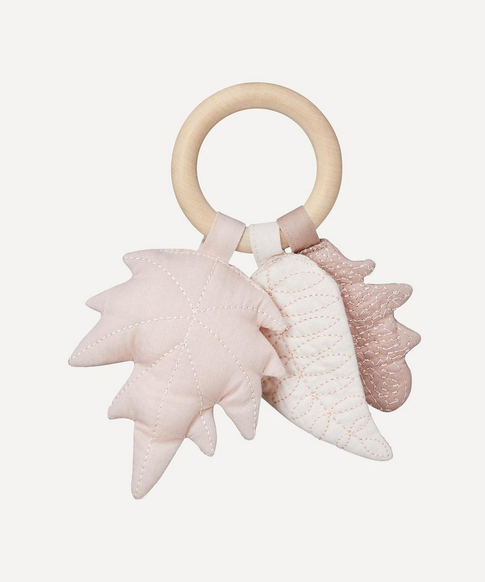 Cam Cam Copenhagen - Leaves Rattle