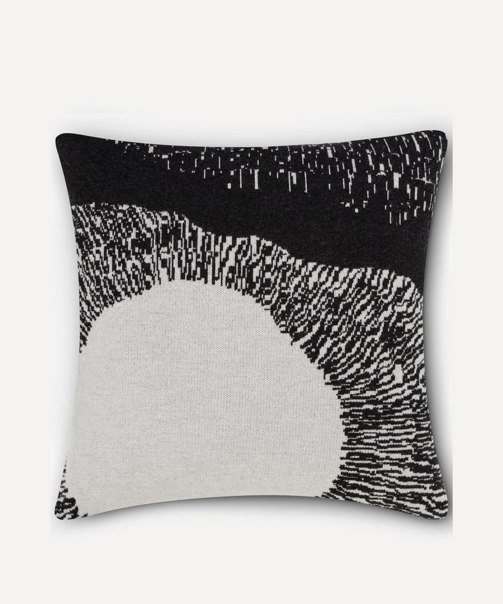 Tom Dixon - Dash Cushion