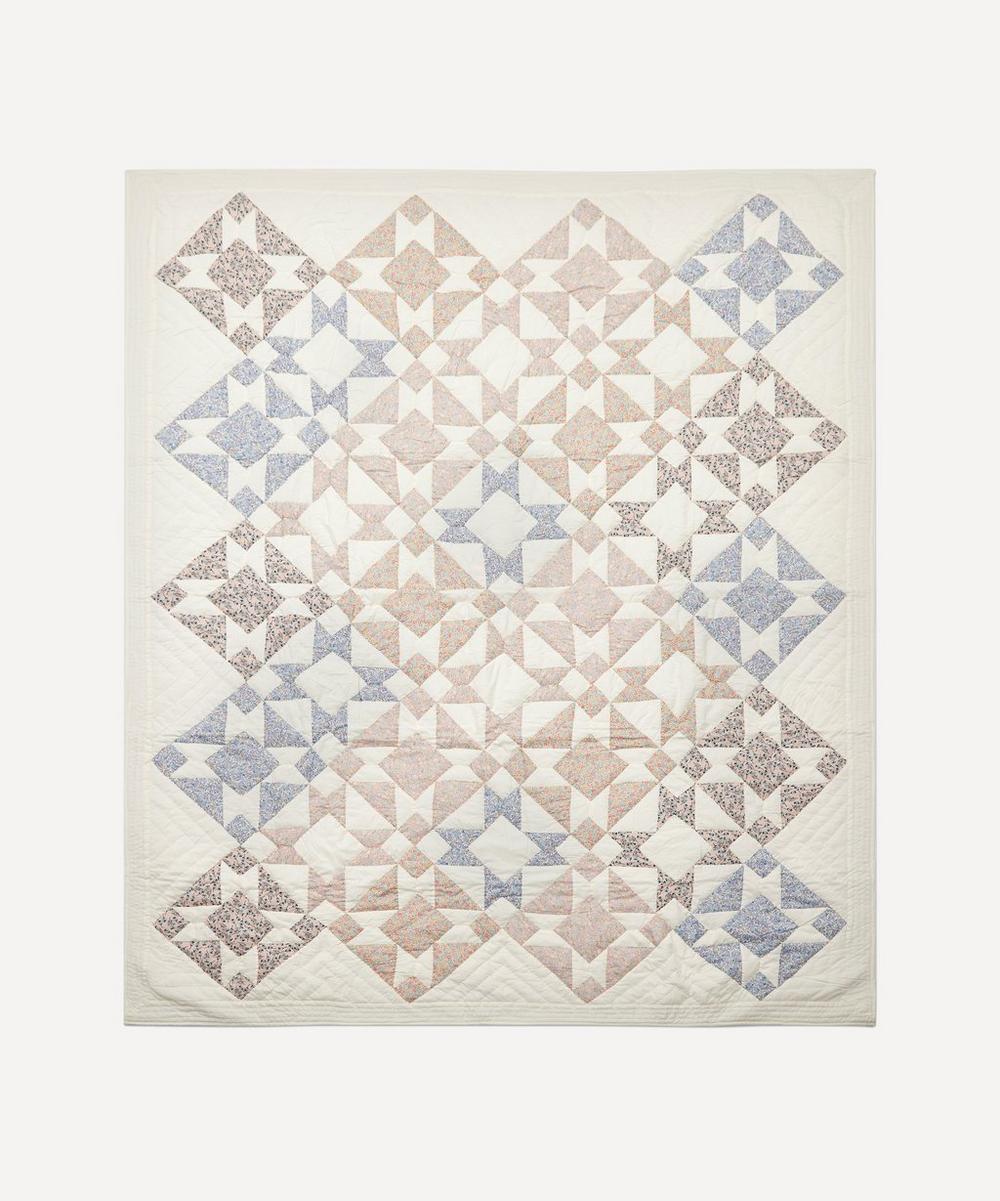 Projektityyny - Kirsikka Patchwork Quilt