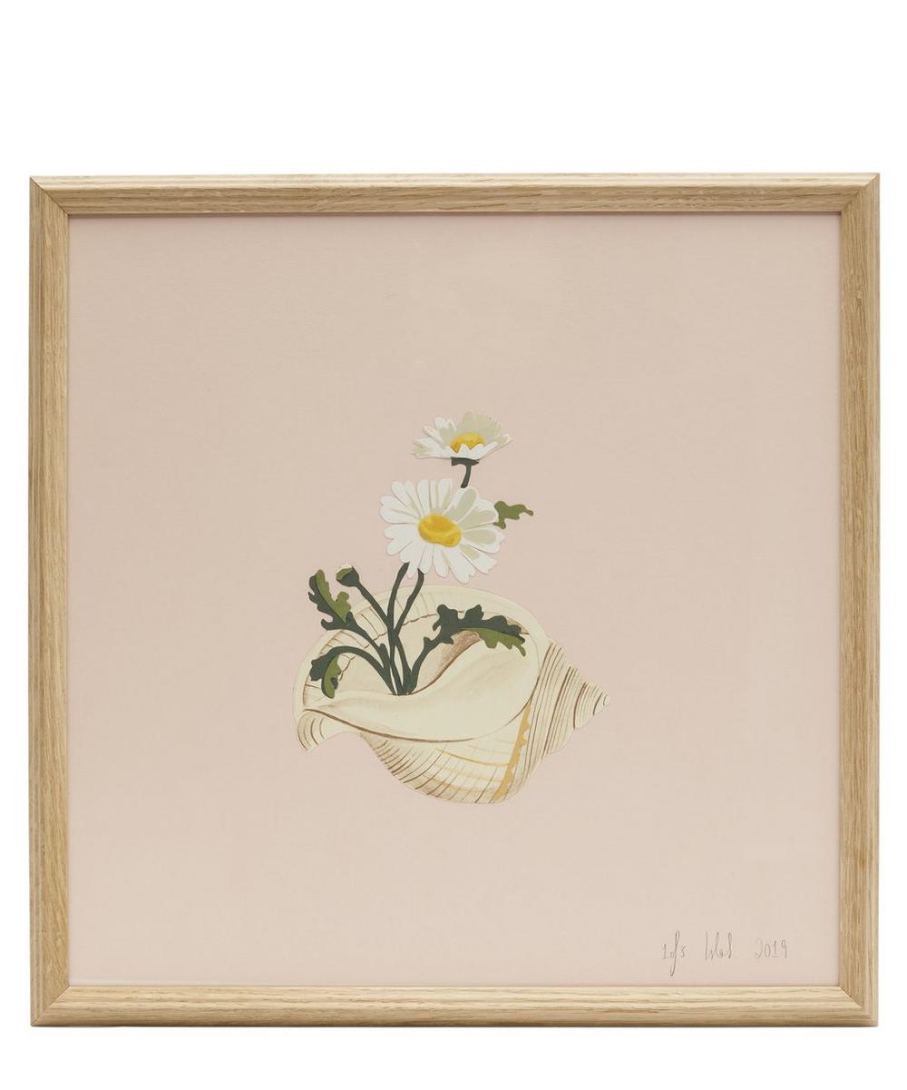 Isla Simpson - Daisies and Conch Shell Framed Artwork
