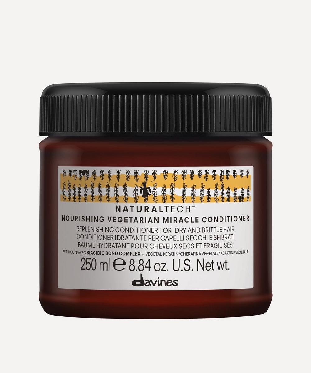 Davines - Naturaltech Nourishing Vegetarian Miracle Conditioner 250ml