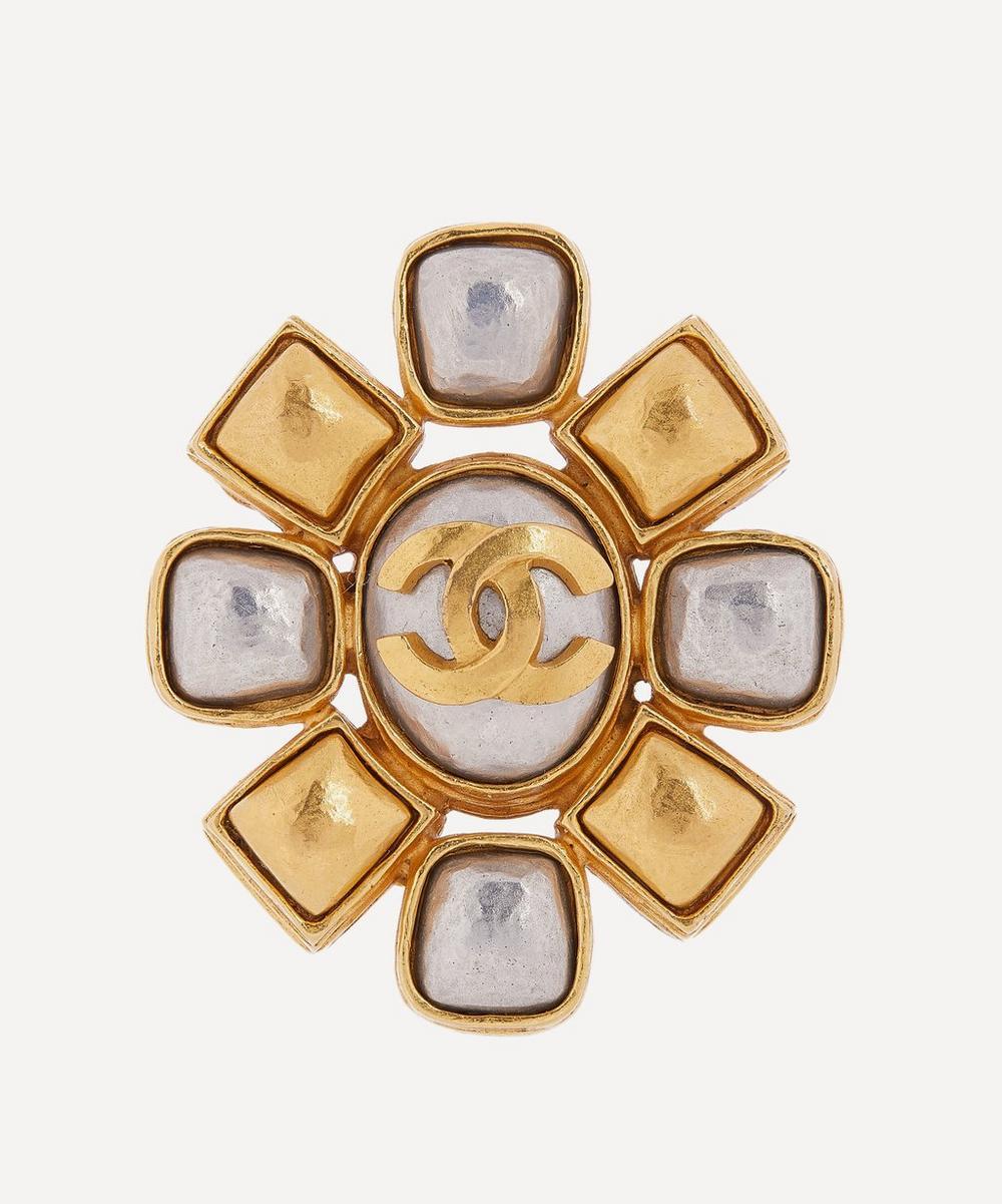 Designer Vintage - 1990s Chanel Gilt Faux Pearl Brooch