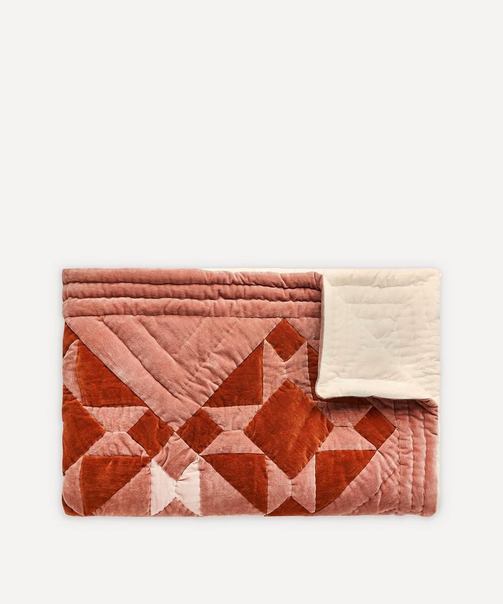 Projektityyny - Kaneli Cotton Velvet Patchwork Quilt