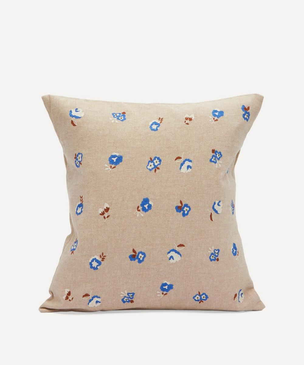 LAÏTE works - Rosette Cushion