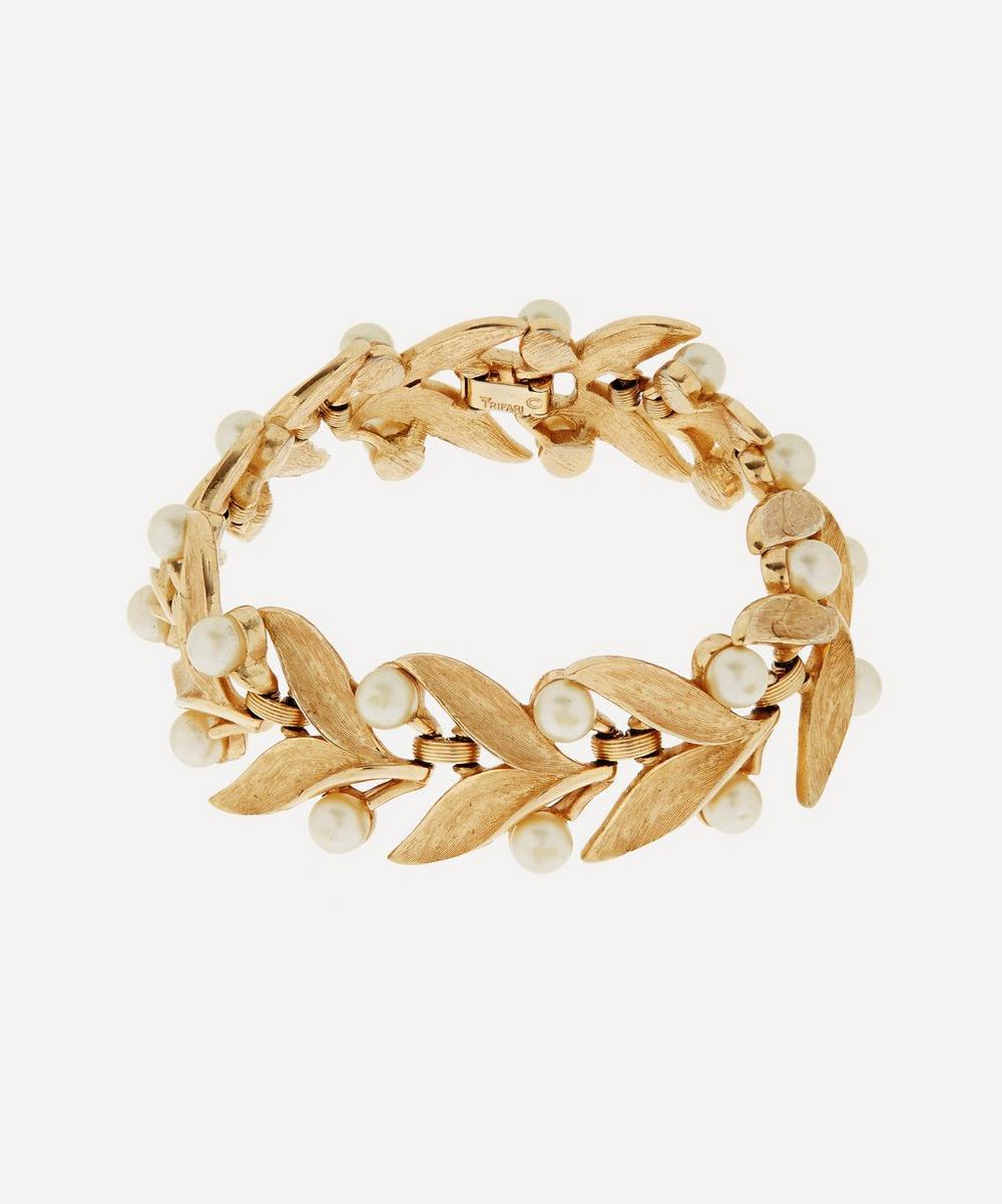 Susan Caplan Vintage - Gold-Plated 1960s Trifari Faux Pearl Leaf Bracelet
