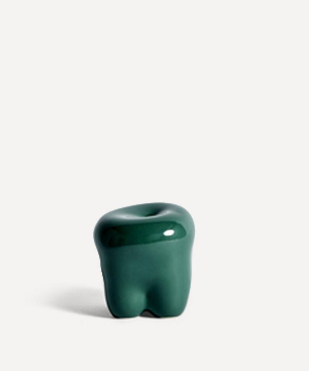 Hay - W&S Belly Button Sculpture