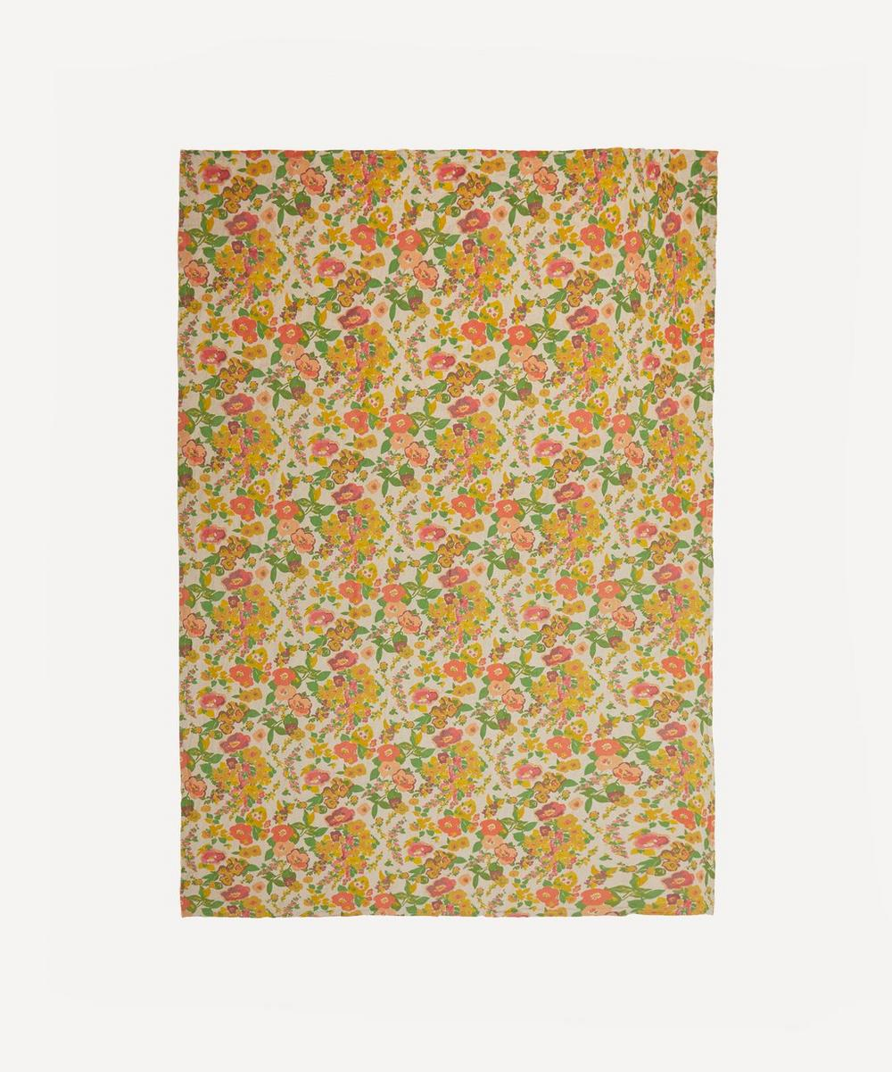 Society of Wanderers - Marianne's Floral Tablecloth