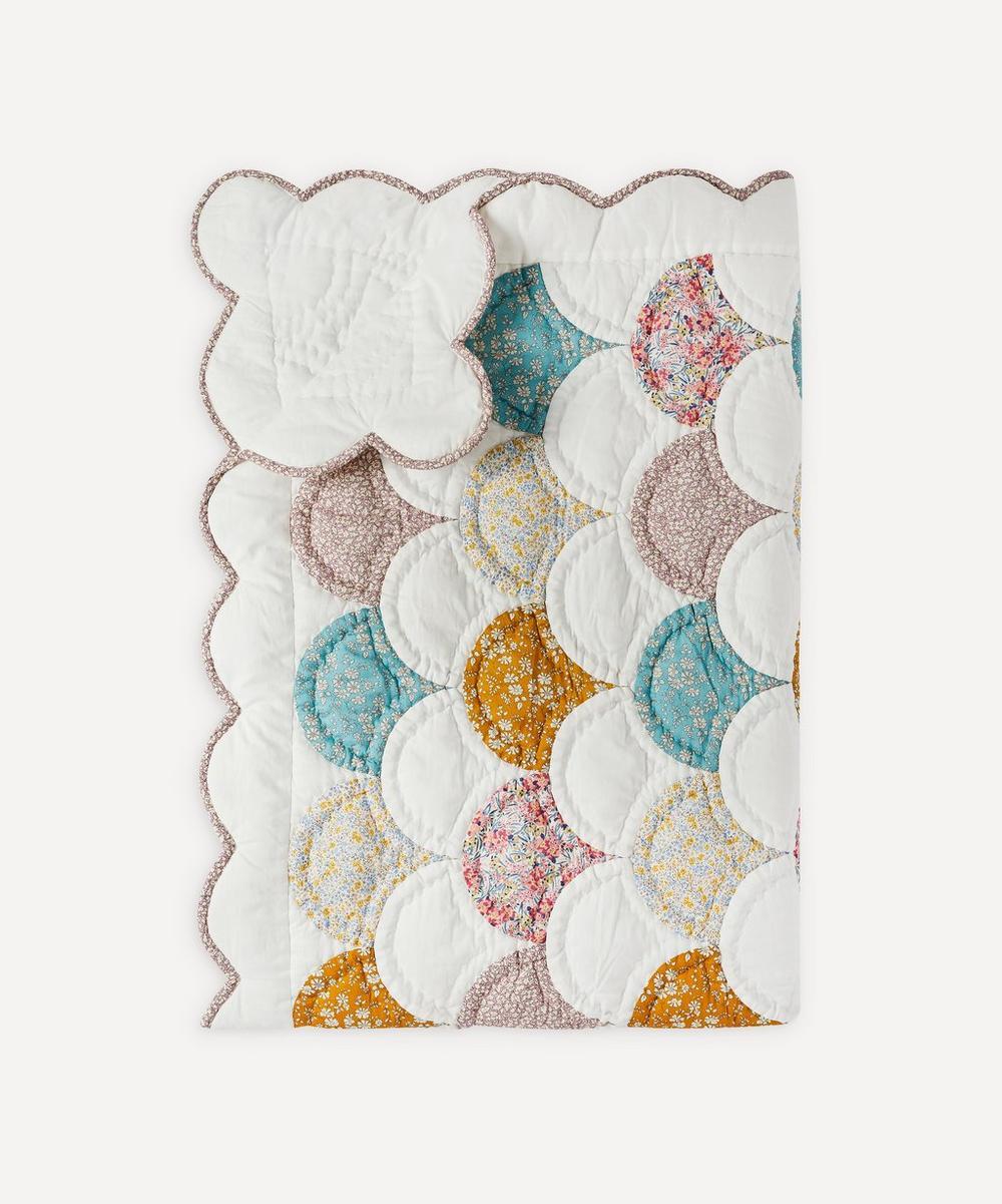 Projektityyny - Nukkumatti Liberty Print Tana Lawn™ Cotton Quilt