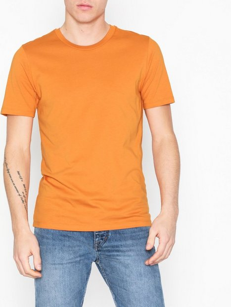 Selected Homme Slhtheperfect Ss O Neck Tee B T shirts undertrøjer Orange mand køb billigt