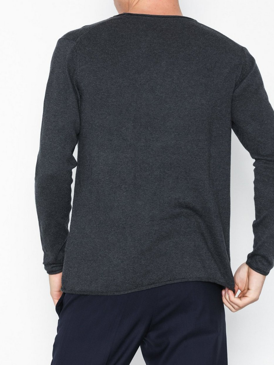 Fine single knit with roll edges
