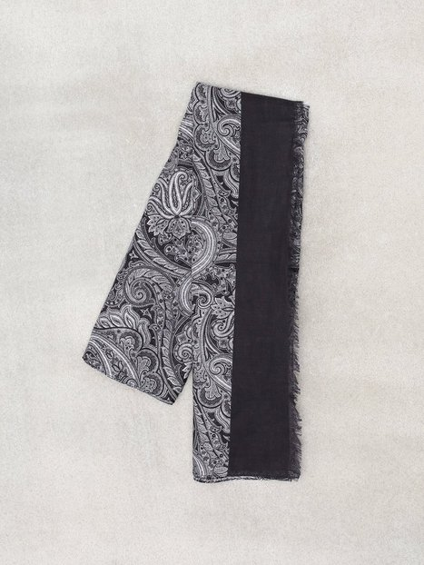 Amanda Christensen Printed Single Scarf Halstørklæder scarves Black - herre