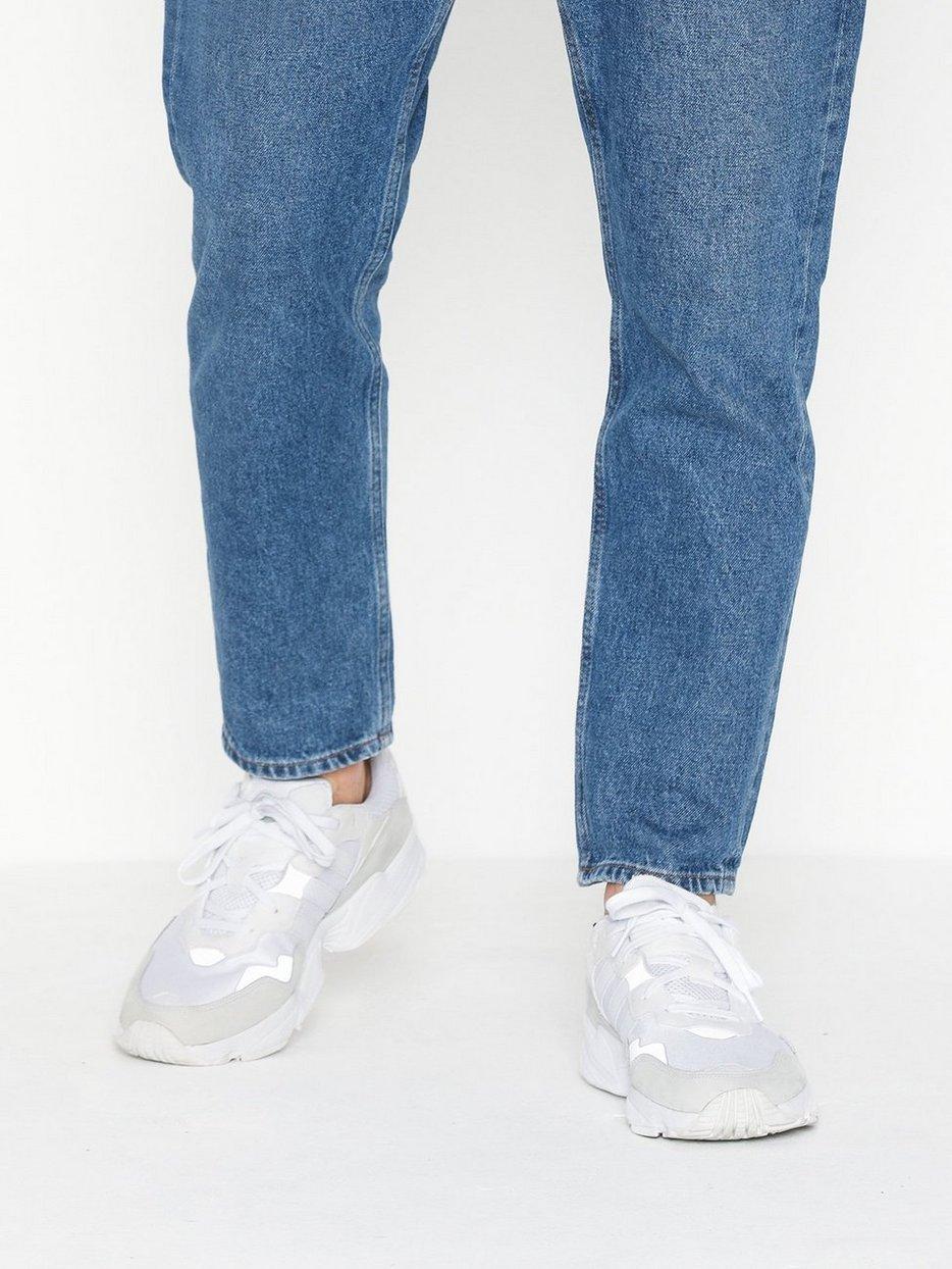 adidas Mens Yung-96 Sneakers,