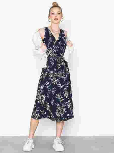 Klänning Carana Sleeveless Day Dress