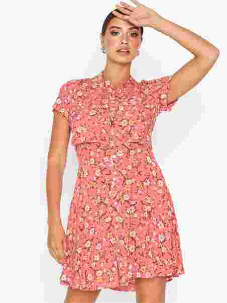 SS BE DR SHORT SLEEVE CASUAL DRESS Light Pink