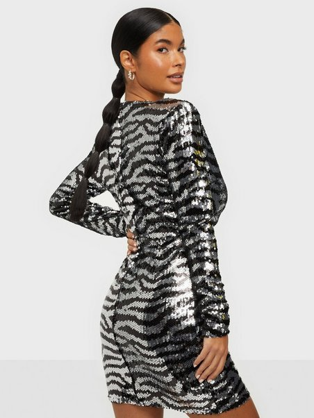 NLY Trend Zebra Sequin Dress