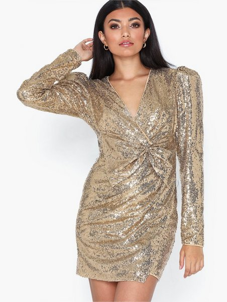 Nly by Nelly PUFFY POWER SEQUIN DRESS Cocktailklänning