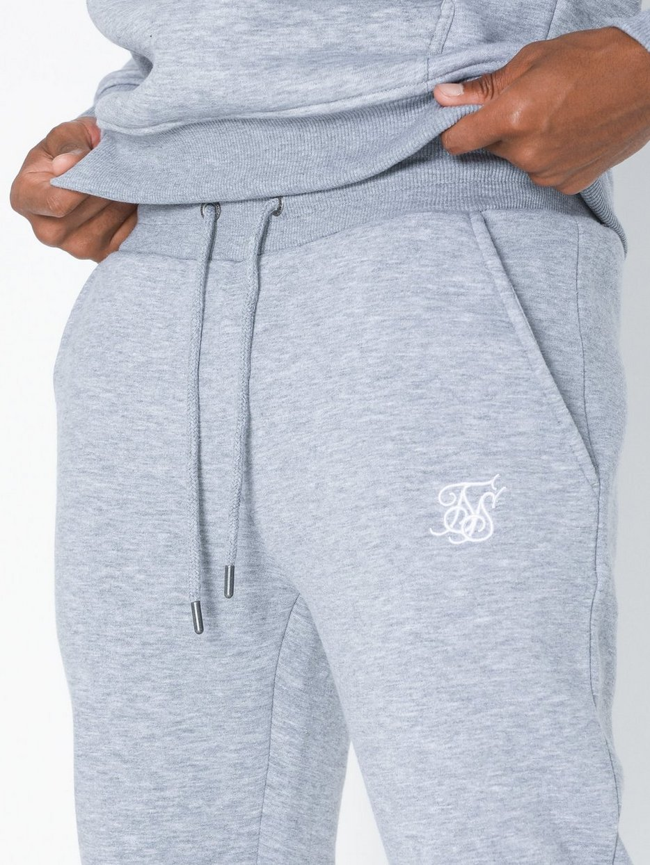 Muscle Fit Jogger