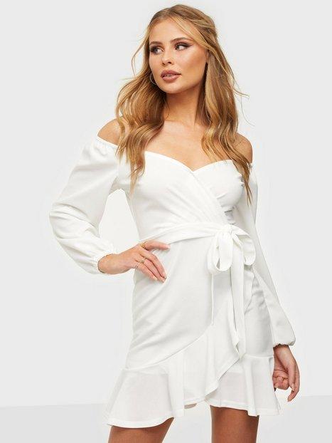 NLY One Lovely Frill Dress Skater kjoler Hvid