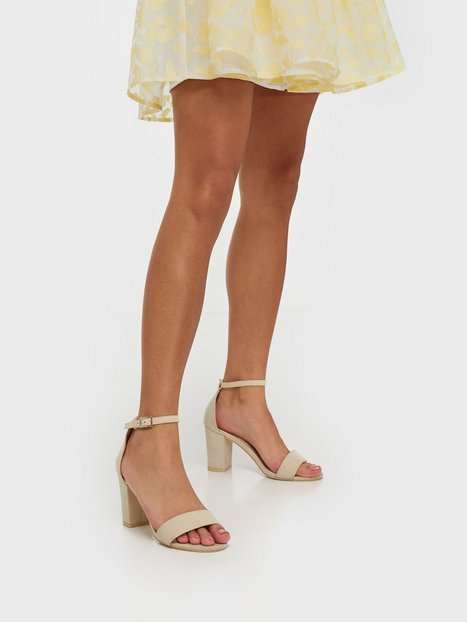 Se NLY Shoes Block Mid Heel Sandal High Heel Beige ved Nelly