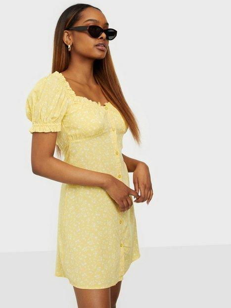 NLY Trend Flirty Button Dress Kjoler Gul