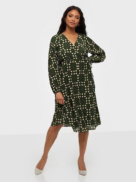 Köp Y.A.S YASSPOTTA LS DRESS FT - Grön | Klänningar - Nelly.com