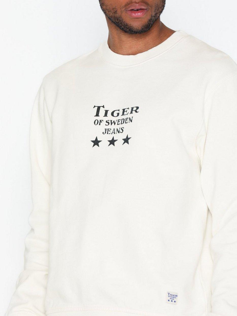 Tana O Sweatshirt