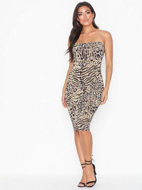 Billede af NLY One Bandeau Print Dress Tætsiddende kjoler