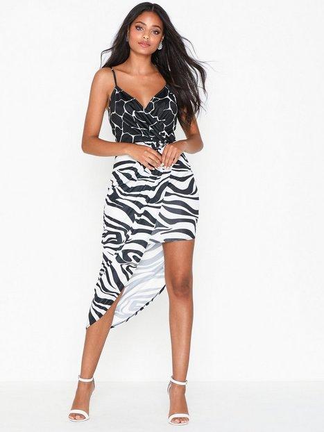 Billede af NLY One Print Mix Dress Loose fit