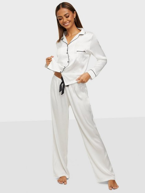 Bluebella Claudia Shirt and Trouser Pyjamas & Mysplagg