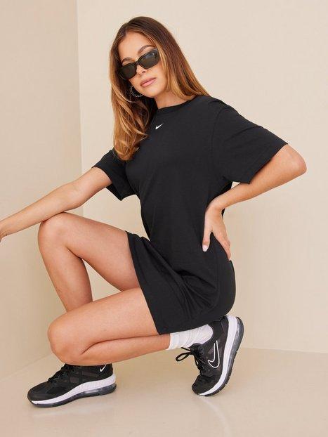 Nike W Nsw Essntl Dress Loose fit dresses Black/White