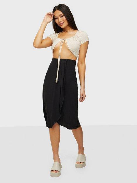 Pieces Pcneora Hw Skirt Sww Midi nederdele Sort