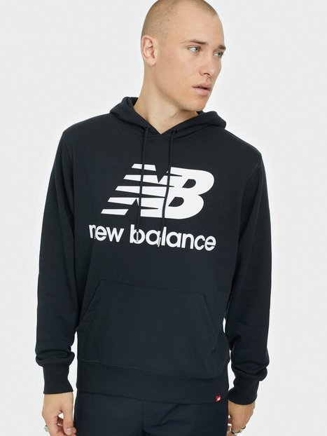 New Balance MT03558 Essential Stacked Logo Po Hoodie Trøjer Black