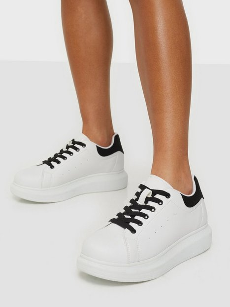 NLY Shoes Casual Newness Sneaker Low Top Sort/Hvid