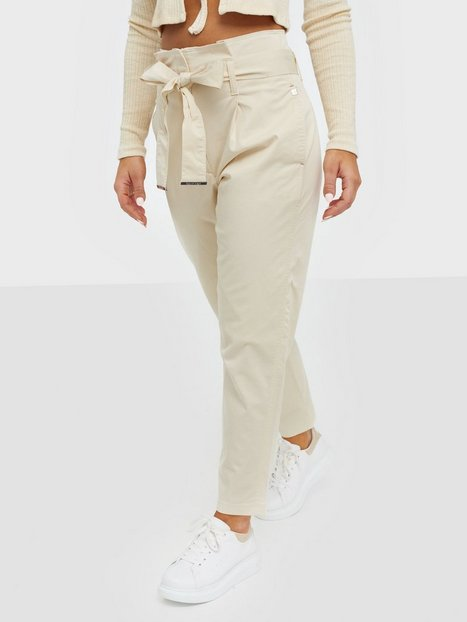 Calvin Klein Cotton Paper Bag Waisted Pant Byxor