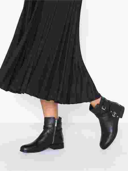 Michael Kors Preston Flat Bootie schwarz
