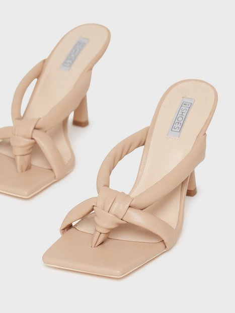 NLY Shoes Madness Thong Heel High Heel
