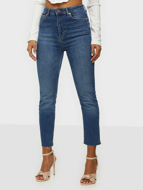 the ODENIM O-Crop Jeans Straight fit