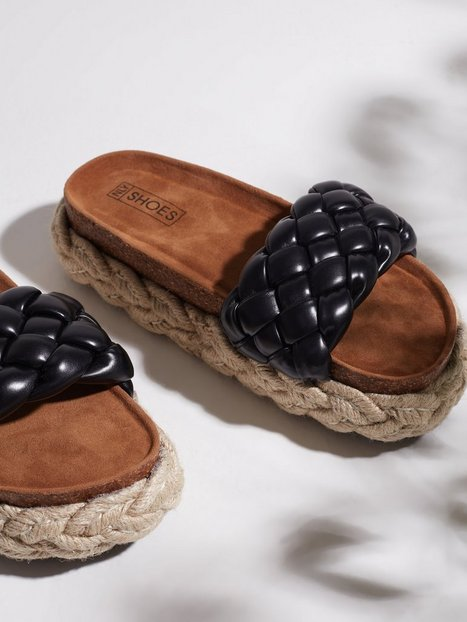 NLY Shoes Chunky Slippers Sandaler