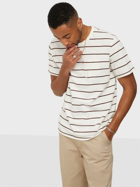 Levis Relaxed Fit Pocket Tee Saturda T-shirts & undertrøjer Multicolor
