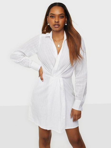 NLY Trend Twist Shirt Dress Langærmede kjoler