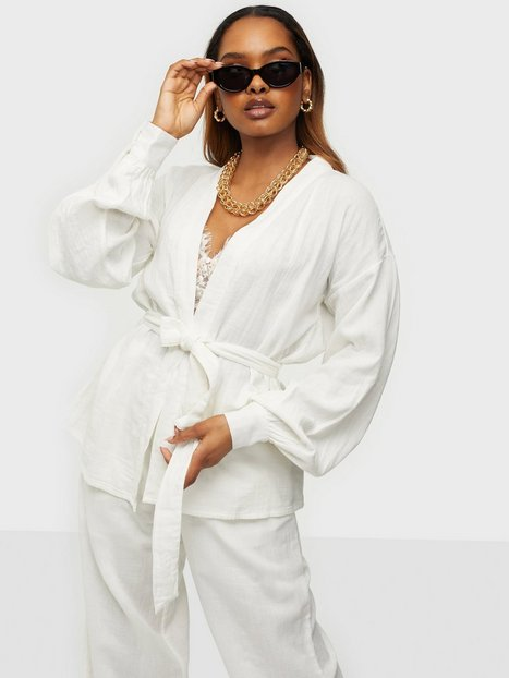 NLY Trend Smooth Summer Robe Blazere